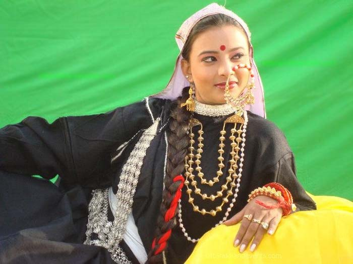 Tagdi-kamarband-pahadi-fashion-uttarakhand